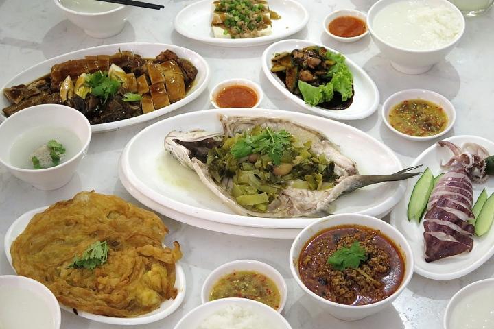 ChaoZhou Porridge 潮粥 @ River ValleyRoad