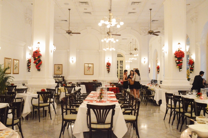 Tiffin Room at Raffles Singapore – A Cross-Cultural Christmas Feast