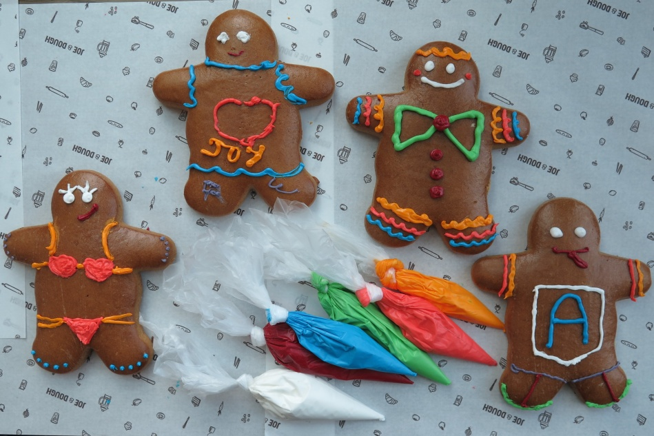 Hands-on Piping Gingerbread Man