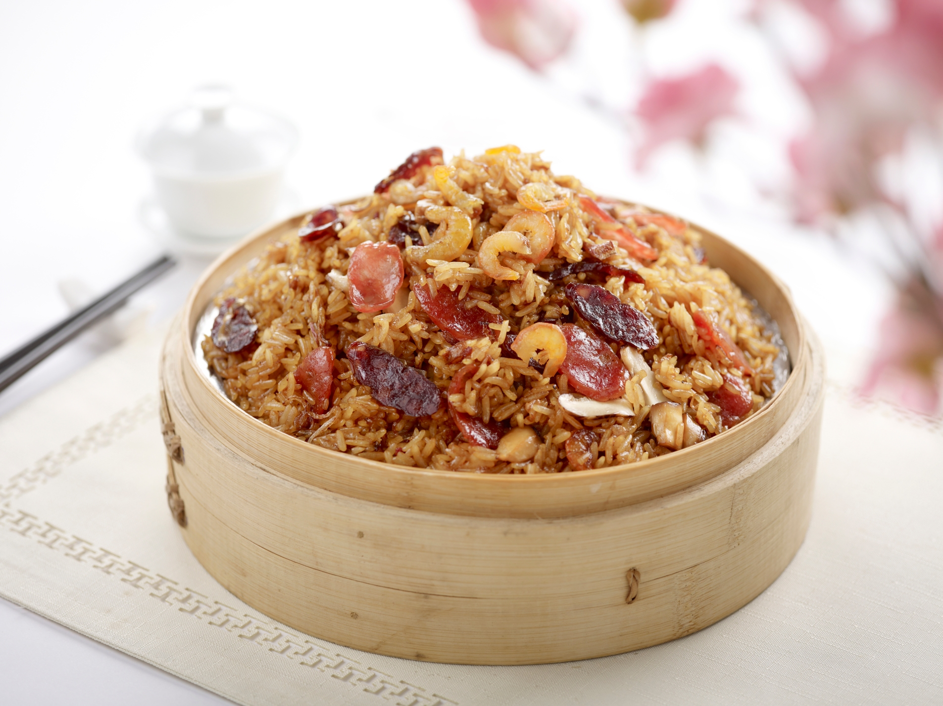 Fortune Lotus Leaf Glutinous Rice with Waxed Meat