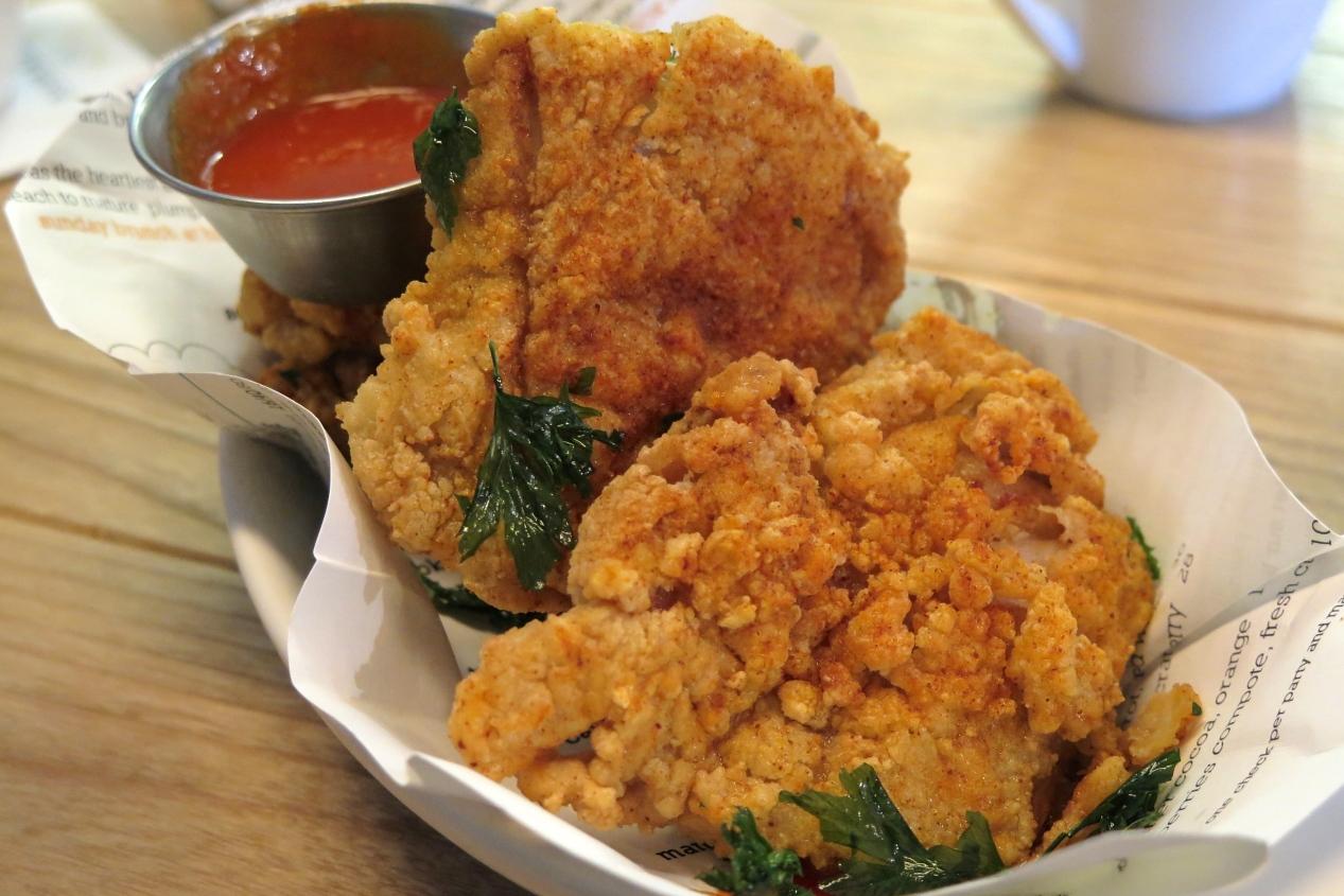 Buttermilk Fried Chicken, Sriracha $10 / $18