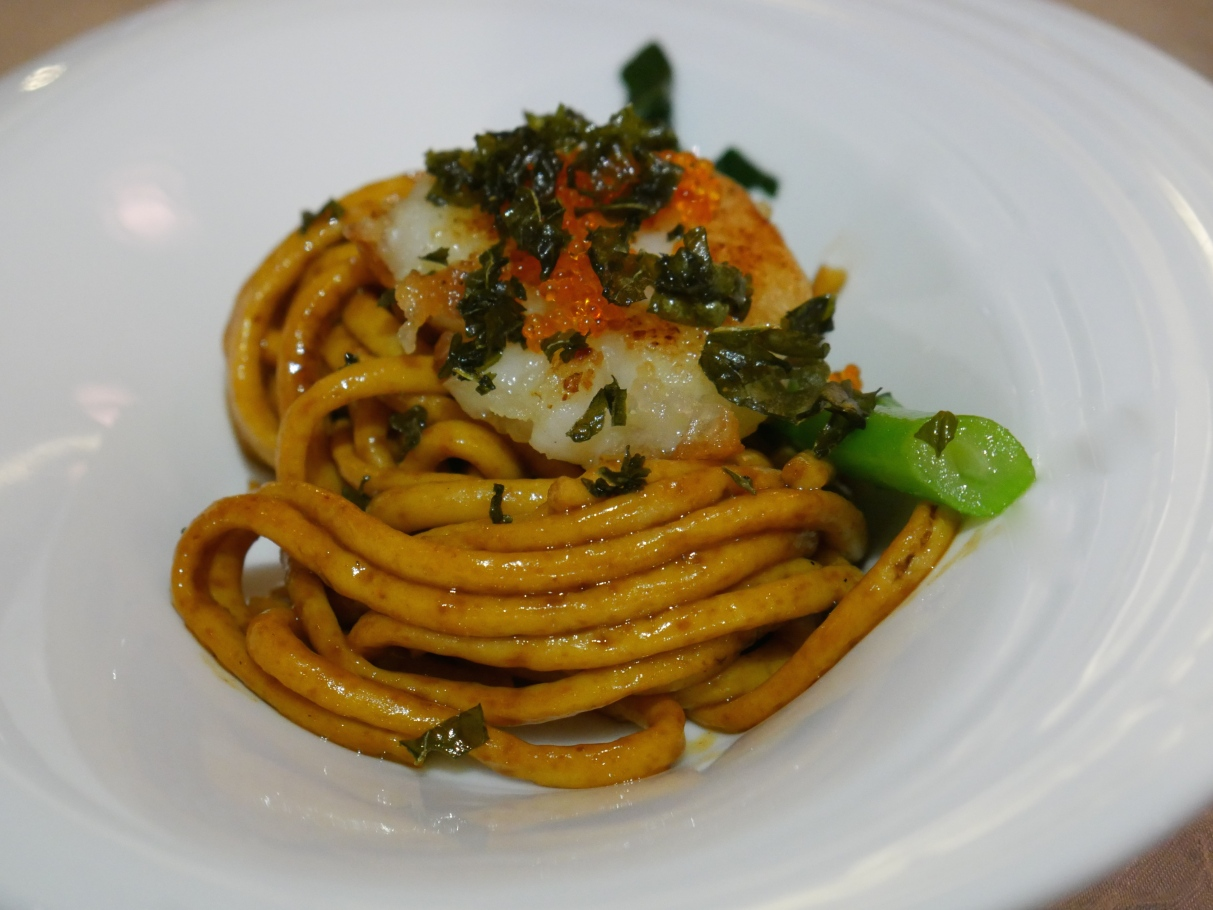 Pan-Fried Minced Fish Noodle with Scallop