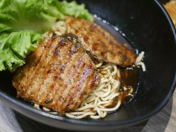 Black Pepper Pork Chop Pan Mee ($12.90)
