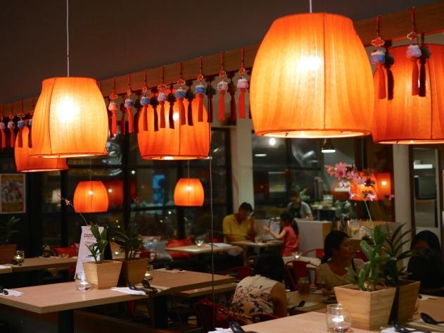 Chow Fun Restaurant & Bar