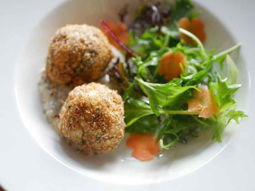 Old Fashioned Crab Cakes ($24)