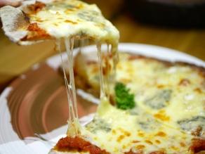 Quattro Formaggio Pizza ($9.80)