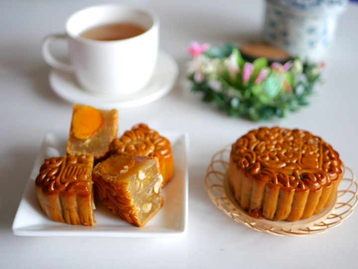 Celebrate Mid-Autumn Festival 2016 with Exquisite Mooncake Collections from Hotels, Restaurants, Cafes andBakeries