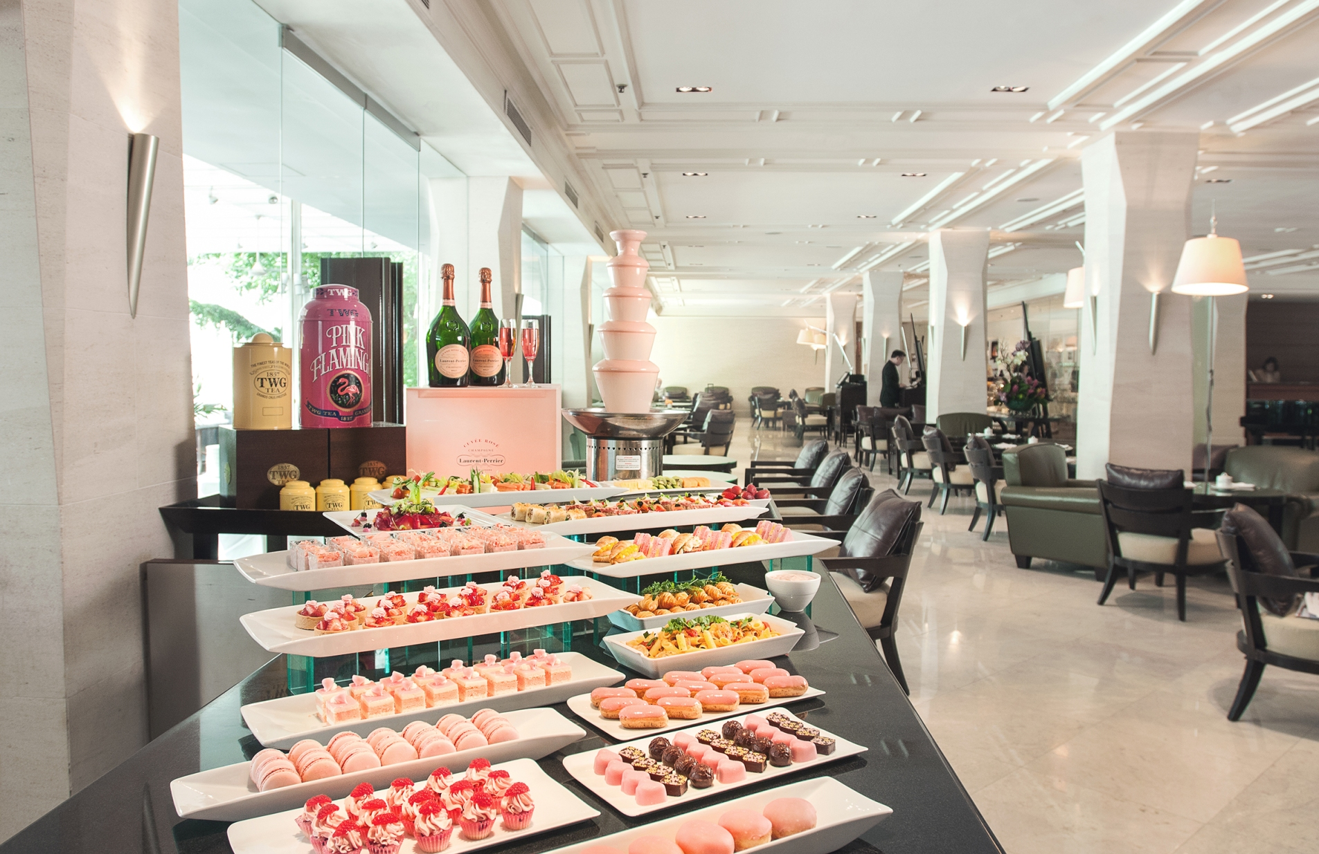 lespresso-english-afternoon-tea-with-pink-treats-1-to-31-october-2016