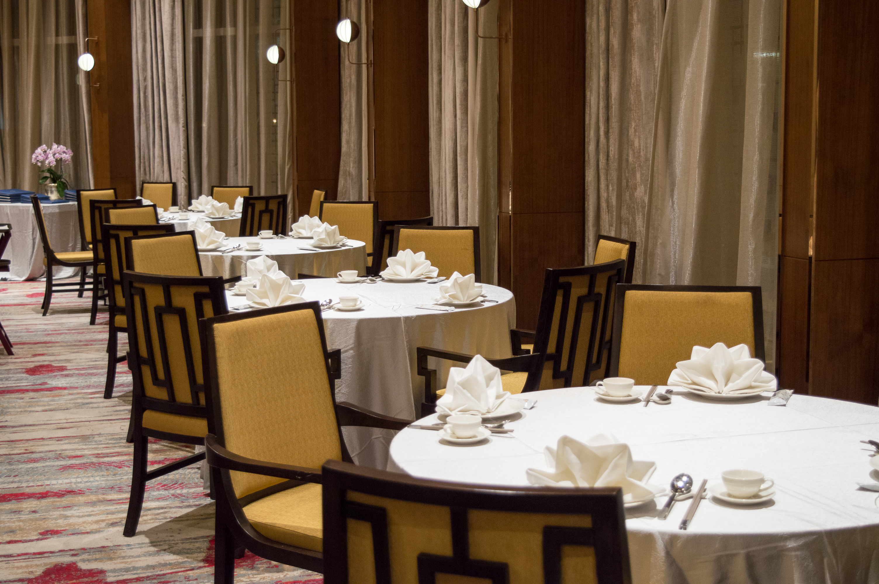 We Had The Privilege To Dine In The Largest Private Room Of The Restaurant  U2013 The Peony Room. A Large White Marble Dining Table With ...