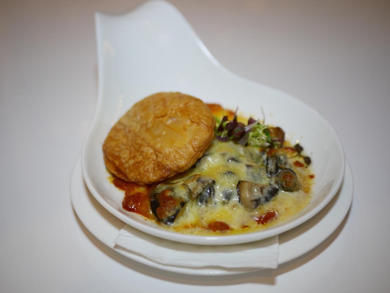 Escargot Cheese Gratin ($14.50++)