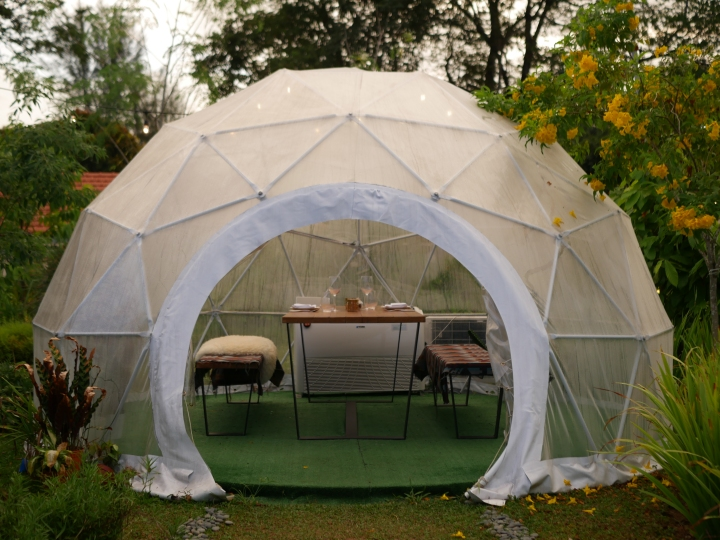 Garden Dome Dining At The Summerhouse