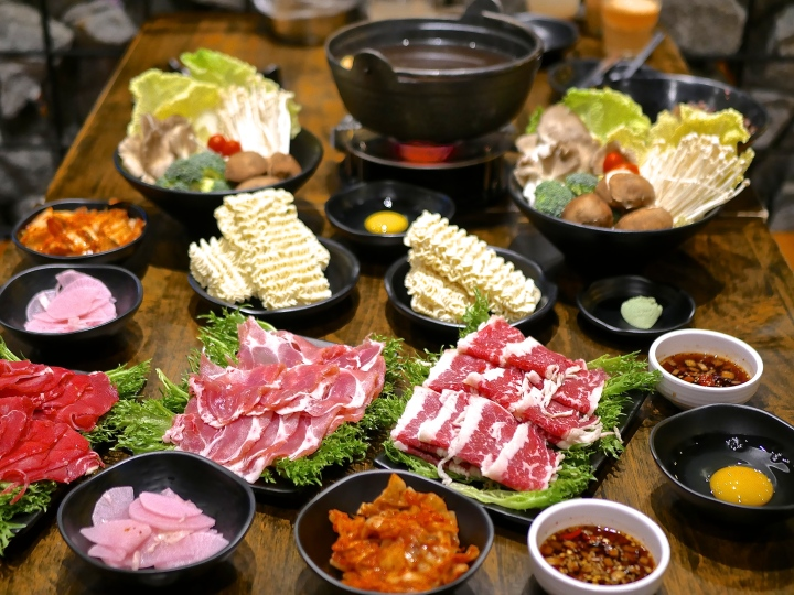 Masizzim Singapore Adds New Dishes To Its Menu — Including Shabu Shabu Hotpot
