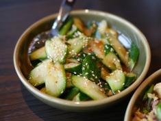 Crispy Organic Cucumber with Spicy Sauce