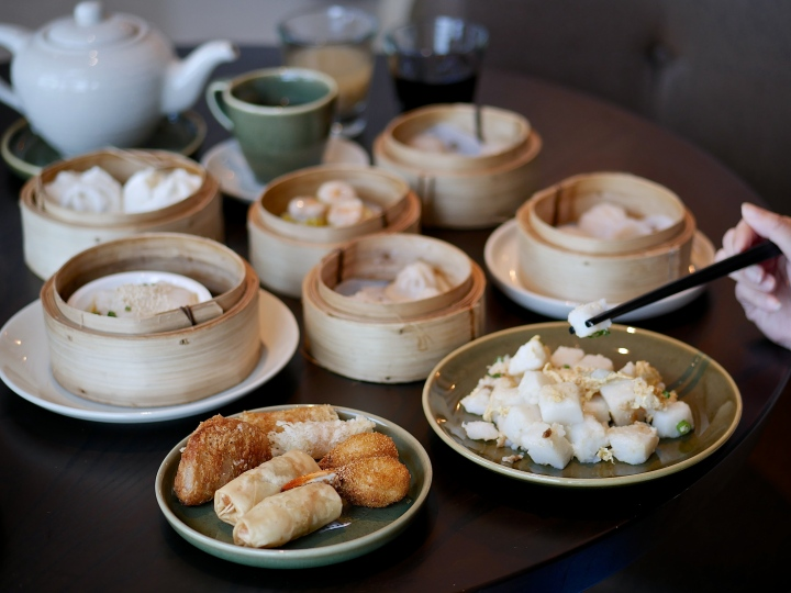 Weekend Yum Cha Dim Sum Buffet – Auntie's Wok & Steam at Andaz Singapore