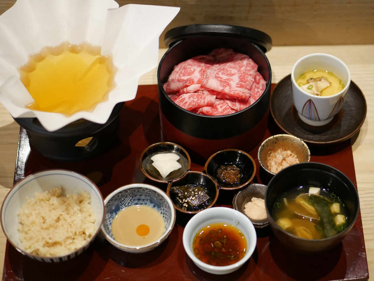 Shabu Shabu Set Lunch (Black Angus Beef $29++)