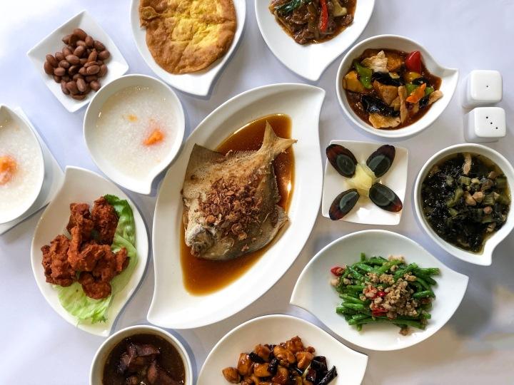 Taiwan Porridge A La Carte Buffet: Coffee Lounge At Goodwood Park HotelSingapore