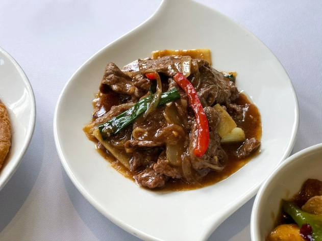Wok Fried Beef with Spring Onions & Ginger
